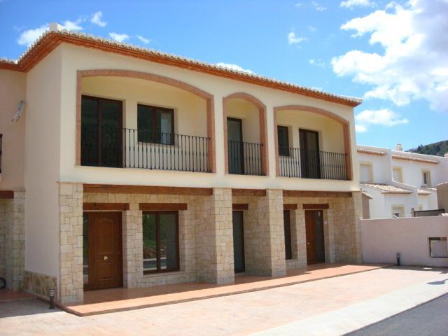 Promoción 16 viviendas Benichembla Gardens